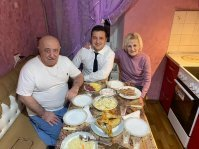 Владимир Зеленский с родителями