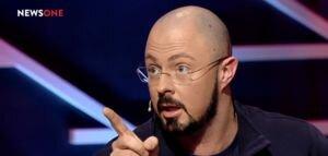 Раимов предложил журналистам бойкотировать политиков, которые голосуют за ущемление свободы слова
