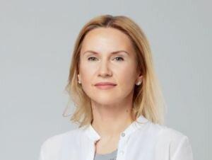 Радой впервые в истории будет руководить женщина: больной COVID-19 Разумков передал полномочия своей заместительнице