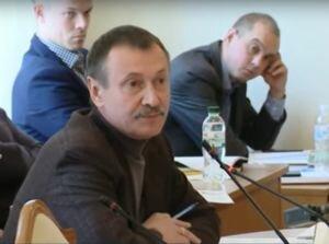 Папиев назвал политическим преследованием проверку комиссией телеканалов