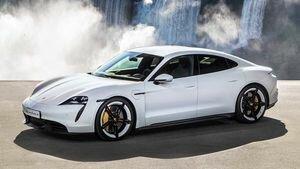 Украинцы раскупили новые электромобили Porsche еще до презентации