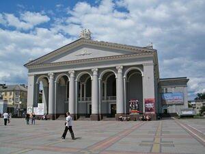 В Ровно остановили общественный транспорт и запретили детям находиться на улице без родителей
