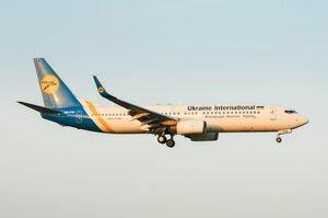 Из Канады в Киев спецрейсом вылетели 274 эвакуированных украинца