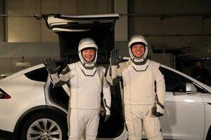 Tesla представила два прототипа ИВЛ собственного производства