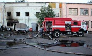 На киевском Крещатике загорелось шестиэтажное здание