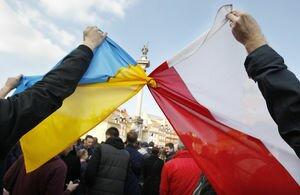 Польша продлила легальное пребывание в стране украинцев с биометрикой