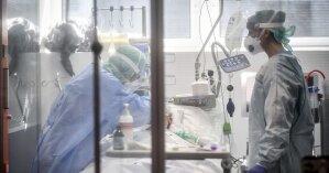 Зеленский одобрил лечение больных COVID-19 украицев экспериментальными лекарствами