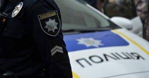 В Ивано-Франковске таксист забирал документы у клиентов, которые не оплатили проезд