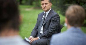 Зеленский встретился с лучшими выпускниками страны и заявил, что учителя не должны думать о заработке