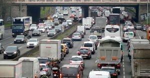 Киев 18 августа сковали пробки: на каких участках органичен проезд