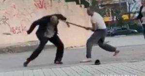 В Херсоне мужчина напал с ножом на оппонента и хотел расправиться с его сестрой (видео)